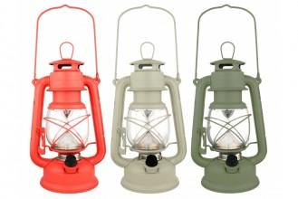 Photo 16 LED Hurricane lantern