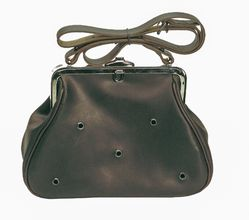 Photo Ferret bag with clasp - Country Saddlery