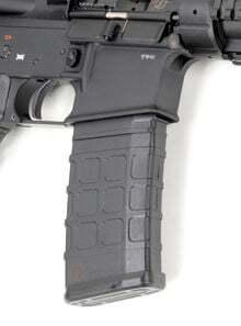 Photo Chargeur polymère standard Stanag Schmeisser pour M16 / AR15 / M4 cal. 223 REM